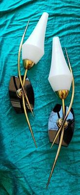 """Featured image for """"Paire d' appliques 1950 verre laiton et opaline noire"""""""